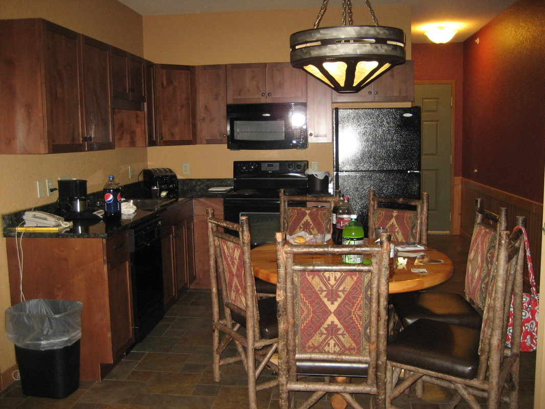 1 BR Suite w/ kitchen at Wilderness at the Smokies
