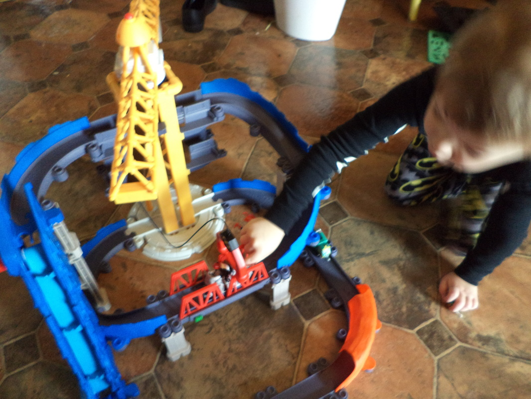Chuggington's StackTrack Brewster's Big Build Adventure Playset #GiftGuide2014